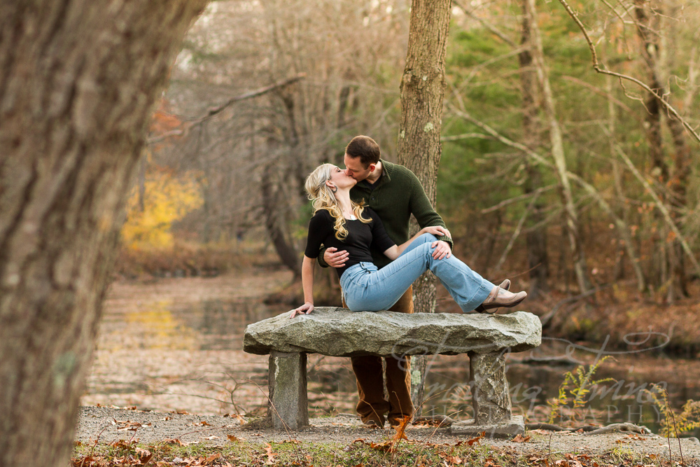 engagement photography at River Bend Farm Park in Uxbridge, MA