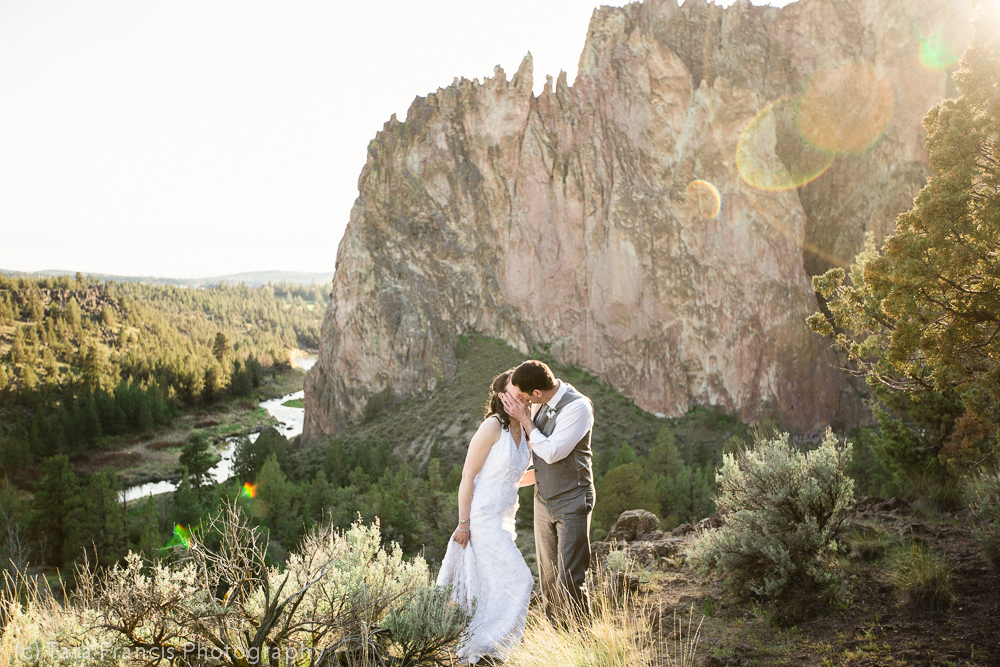 Photo by the crooked river at Smith Rock state park in Terrebonne, oregon.