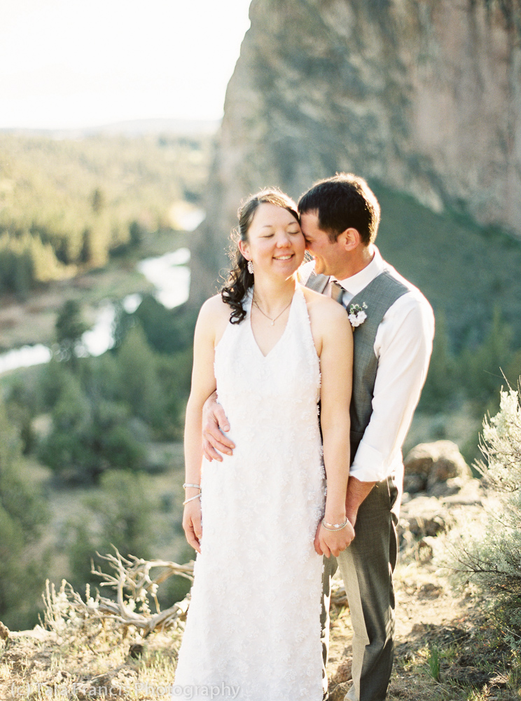 romantic wedding pose at Smith Rock State Park