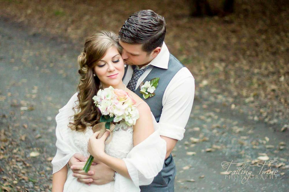 Flashback to fall of 2013... amazing evening with a newlywed couple that I had planned a stylized shoot with, to build my wedding portfolio. This was done at Dorris Ranch near Eugene, Oregon.